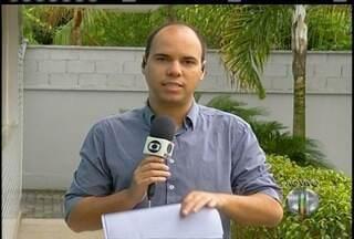 Moradores de Santo Antônio de Pádua, RJ, começam a voltar para casa após temporal - Prejuízos ainda não foram contabilizados.