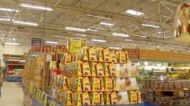 Preços de itens da ceia de fim de ano variam muito em Dourados, MS, diz Procon - Um levantamento do Procon de Dourados mostrou que os preços dos itens da ceia variam muito de um lugar para o outro.