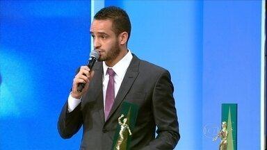 Saiba como foi a premiacao do craque do Campeonato Brasileiro - Saiba como foi a premiacao do craque do Campeonato Brasileiro