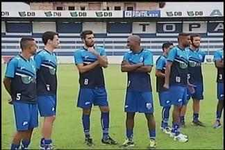 URT apresenta elenco e ainda busca reforços para Mineiro - Ao todo, 25 jogadores são apresentados para iniciarem atividades de preparação para Estadual. Zagueiro, meia e dois atacantes serão oficializados ate o fim do mês