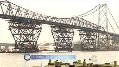 Giro de notícias: princípio de incêndio atinge Ponte Hercílio Luz - Giro de notícias: princípio de incêndio atinge Ponte Hercílio Luz