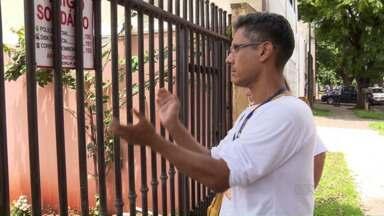 A infestação de focos do mosquito da Dengue em Maringá preocupa - Para piorar a situação muitas vezes os agentes de saúde encontram as casas fechadas e não conseguem fazer a vistoria