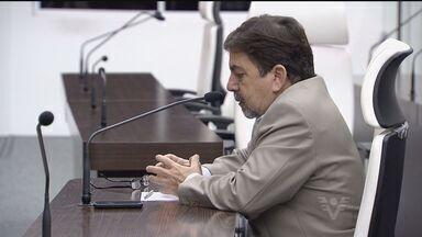 Secretário de Saúde de Guarujá é ouvido por comissão de vereadores - Grupo apura a crise no Hospital Santo Amaro. Vereadores podem votar em projeto de lei que pode dar sobrevida ao hospital.