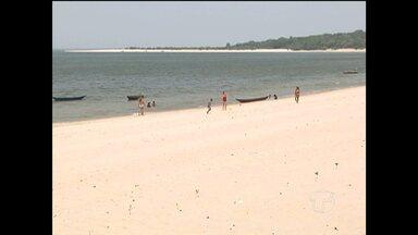 Santarenos aproveitaram feriado para curtir praias da região - Momento propício para relaxar e estar mais próximo da família.