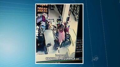 Assaltantes ferem funcionária de supermercado - Dois adolescentes foram apreendidos