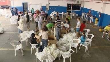 Grupo de amigos prepara Natal para crianças, em Manaus - Grupo se reúne para doar brinquedos no natal.