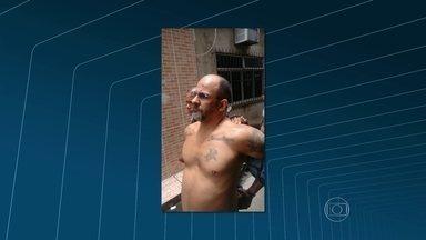 Polícia prende chefe do tráfico de drogas das favelas Parque União e Nova Holanda - Marcelo Moreno de Oliveira estava escondido em um apartamento. Ele chegou a trocar tiros com a polícia, mas se entregou depois de três horas de negociação.