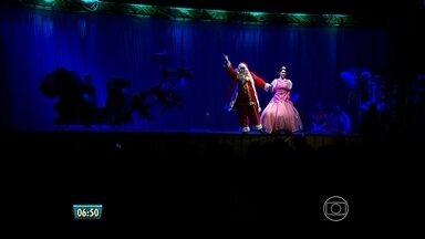 Espetáculo inspirado no Natal encanta gerações no Parque Santana - Peça será encenada na véspera e no dia do Natal e nos dias 26 e 27. O acesso é gratuito.