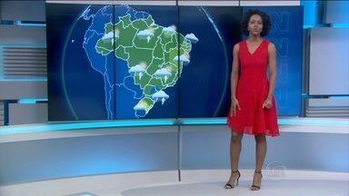 Último sábado do ano será de chuva na região Sul - Nas capitais do Sudeste tem previsão de calor, mas também chuva. No Rio, a chance de chuva é bem menor.