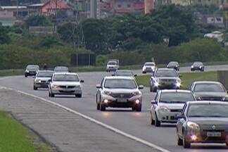 Estradas da região tiveram forte trânsito neste final de semana - Quem voltava do litoral neste domingo teve que ter paciência.
