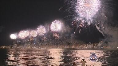 Ponte Hercílio Luz não terá cascata de fogos de artifício na virada do Ano-Novo - Ponte Hercílio Luz não terá cascata de fogos de artifício na virada do Ano-Novo