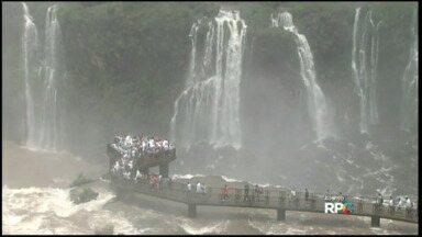 Quase trinta mil turistas visitam as Cataratas do Iguaçu no feriado de natal - Para o feriado de ano novo também são esperados mais trinta mil turistas.