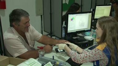 Fórum de Campo Mourão convoca eleitores para cadastramento biométrico - Nesta semana, serviço está sendo realizado até quarta-feira