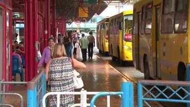Passagem de ônibus aumenta em Guarapuava a partir de domingo - O aumento é de 20 centavos. A partir de domingo, a tarifa de ônibus passa de $ 2,60 pra $ 2,80.