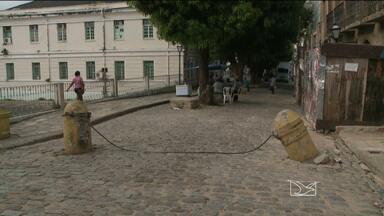 Pilastra é depredada no Centro Histórico de São Luís - Pilastra é depredada no Centro Histórico de São Luís.