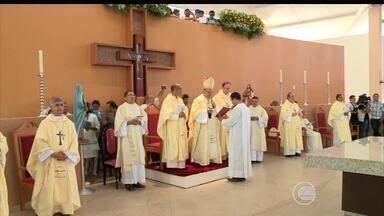 Missa celebra novo santuário em Santa Cruz dos Milagres - Missa celebra novo santuário em Santa Cruz dos Milagres