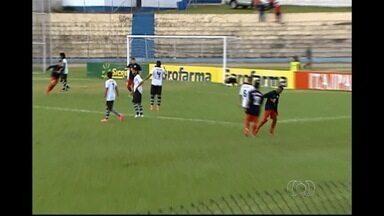 Goiânia perde do RB Brasil por 3 a 0 e é eliminado da Copinha - Galinho está fora após ser derrotado pela primeira vez na competição