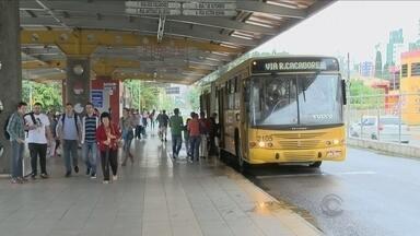 Empresas e funcionários do transporte coletivo de Blumenau entram em acordo - Empresas e funcionários do transporte coletivo de Blumenau entram em acordo