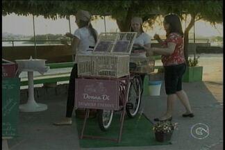 Food bike ganha adeptos em Petrolina que já faturam com o novo negócio - As bikes recebem uma decoração especial e são usadas para vender comidas