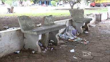 Três praças públicas sofrem com falta de conservação em Balsas - Moradores deixaram de frequentar o espaço.