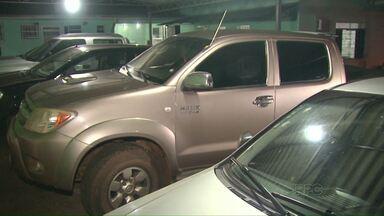 Polícia encontra camionetes abandonadas em Santa Terezinha de Itaipu - Os veículos foram roubados em Santa Helena