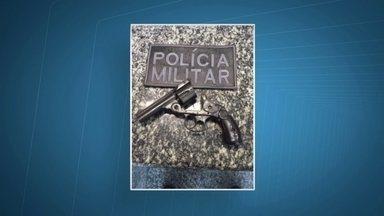Polícia apreende adolescentes suspeitos de sequestro-relâmpago - Os adolescentes foram localizados no Setor Sul do Gama, com uma arma e o carro da vítima. Segundo a polícia, eles roubaram o veículo em Santa Maria e rodaram com a vítima, que foi solta horas depois.
