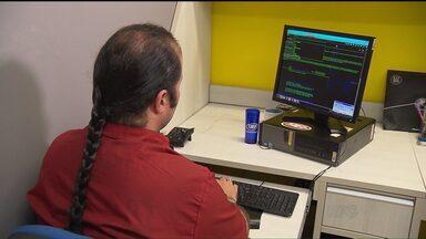 Software paranaense torna mais fácil o uso da internet por deficientes visuais - O programa já está sendo utilizado por pessoas de vários países