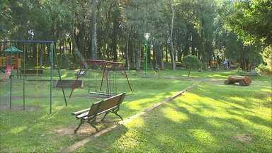 Veja como está a manutenção de parques e áreas verdes de Cascavel - Dos quatro locais visitados, o Parque Vitória é o que está em piores condições para ser usado pela população