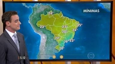 Confira como fica o tempo nesta sexta-feira (22) em todo o Brasil - No Sul faz sol. Pode chover fraco no leste da região. O tempo também fica seco em São Paulo, Mato Grosso do Sul e na faixa Norte do país.