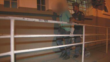 Adolescente é apreendido em Campinas após roubo de carro - Com ele os policiais encontraram uma arma e munições.