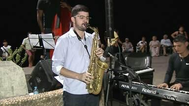 Programa 'Planeta Música' lança projeto em locais públicos de Santarém - Na primeira noite teve muita música ao vivo na orla da cidade.
