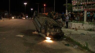 Bandidos capotam carro em Caucaia - Um deles conseguiu fugir.