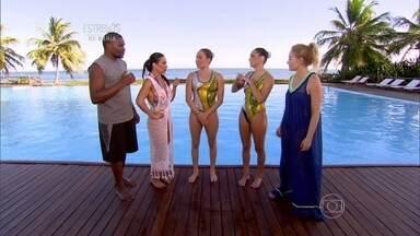 Scheila Carvalho e Jacaré aprendem coreografia do É o Tchan na piscina - Duda Micucci e Luísa Borges do nado sincronizado ensinam a dança embaixo d'água para a dupla