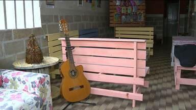 Espaço estimula produção de artistas de Campina Grande - Local tem exposições, música e vários atrativos