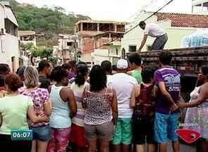 Justiça determina que Samarco volte a distribuir água em Colatina, ES - Distribuição de água, encerrada no domingo (24), deve retornar em 5 dias.Empresa informou que ainda não foi notificada oficialmente.