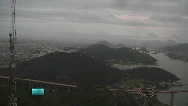 Confira a previsão do tempo para o ES nesta quinta-feira (28) - Quinta-feira de sol, mas o Incaper não descarta a possibilidade de chuva a qualquer momento.