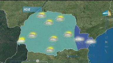 Previsão de chuva para todo Paraná, nesta quinta-feira - Na região leste o tempo fica nublado, durante todo o dia. Nas demais áreas do estado, o sol pode aparecer, mas há previsão de pancadas de chuva, principalmente à tarde.