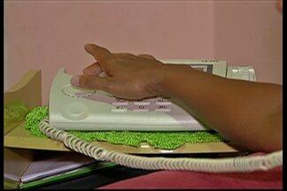 Moradores de dois bairros em Poá estão sem serviço de telefonia - Segundo a Telefônica, o serviço está interrompido por conta do furto de cabos.