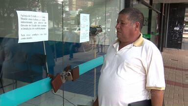 Agência do trabalhador em Campo Mourão está com atendimento suspenso há uma semana - Segundo o chefe, eles mudaram de endereço, mas o novo lugar não apresenta condições para trabalho.