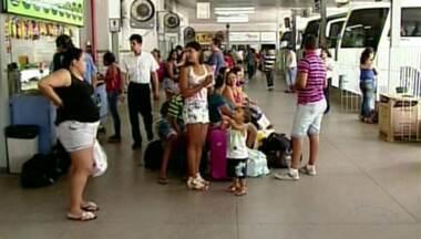 Número de passageiros cai em rodoviária de Colatina, ES - De acordo com agências de viagens, o folião está economizando.