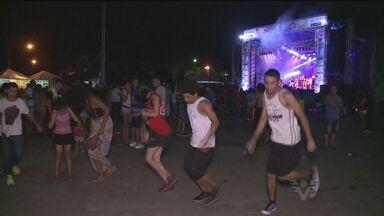 Grito de carnaval é celebrado no Vale do Ribeira - Corte carnavalesca também foi escolhida, para alegria dos foliões