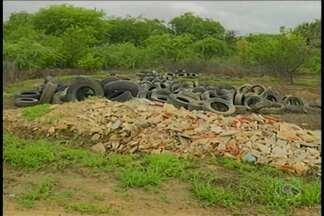 Prefeitura recolhe pneus velhos da cidade para combater o Aedes Aegypti - A ação pretende evitar o acúmulo de água parada