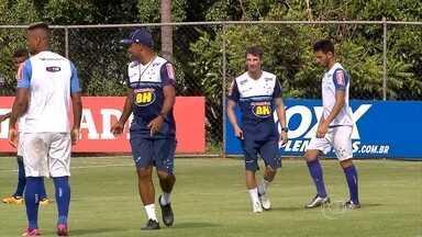 Deivid está em busca do camisa 10 do Cruzeiro para a temporada 2016 - Arrascaeta será o camisa 10 na partida contra o Tupi-MG