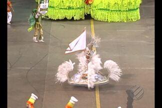Escola de samba 'Bole Bole' é a campeã do Carnaval 2016 de Belém - Escola de samba 'Bole Bole' é a campeã do Carnaval 2016 de Belém