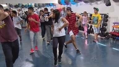 Aula de danças urbanas anima público em Manaus - 5ª Edição do Festival Black & White ocorrerá no dia 28 de fevereiro.