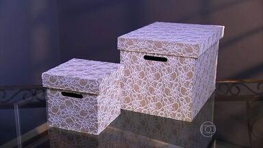 Aprenda o passo a passo para fazer uma linda caixa decorada - Marcelo Darghan ensina a decorar uma caixa de mdf com renda branca