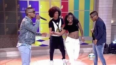 Lucas e Orelha cantam 'Preta Perfeita' - Fátima anuncia que as inscrições para a terceira temporada do 'Superstar' estão abertas