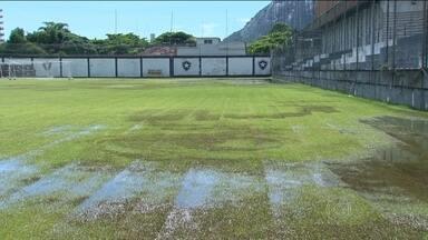Com o gramado de General Severiano alagado, Botafogo se prepara para o clássico - O alvinegro enfrenta o Fluminense, nesta quarta-feira.