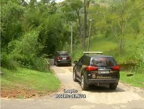 Operação Lava Jato cumpre mandados de busca e apreensão em Petrópolis, no RJ - Carros foram apreendidos.
