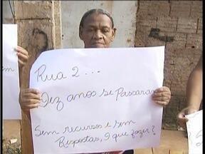 Calendário: Moradores de Valadares esperam por reformas estruturais - Bairro Planalto exigem que solução venha da prefeitura.
